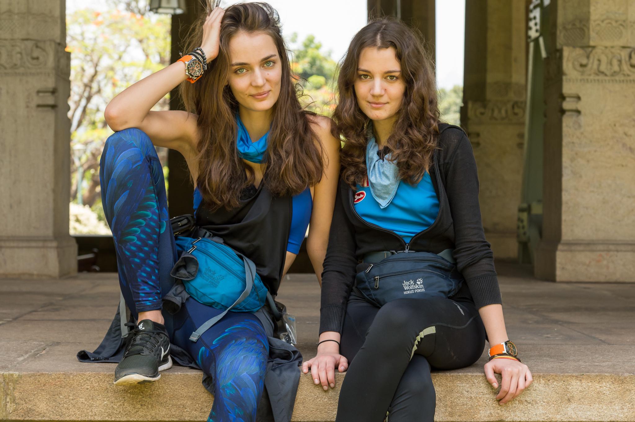 Zuza Bijoch z siostrą Julią